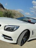 Mercedes-SL 500 side shot