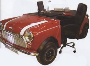 $4,422 Mini Statement Car Desk
