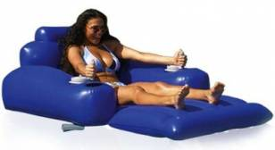 Stylish Motorized Pool Lounger