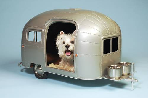 Airstream-style Pet Camper for the pampered pooch