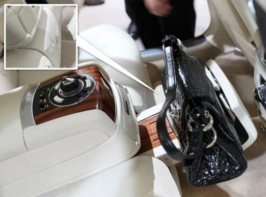 Rolls-Royce Purse Holder