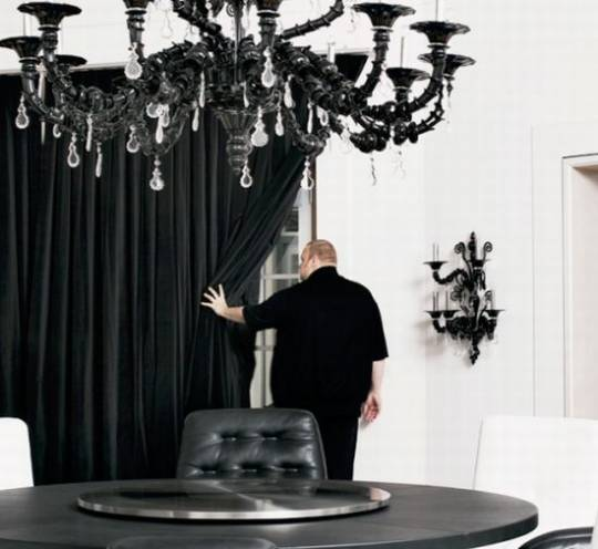 Kim Dotcom ultra-lavish multi-million dollar lifestyle