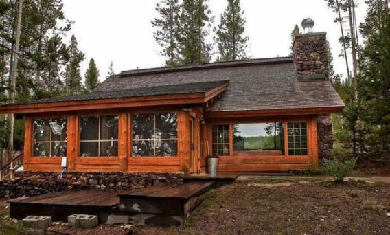 Log Cabin compound
