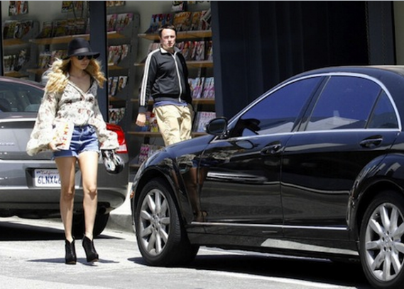 photo of Nicole Richie Mercedes-Benz S550 - car