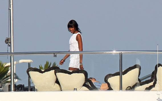 Naomi Campbell on vacations in St Tropez