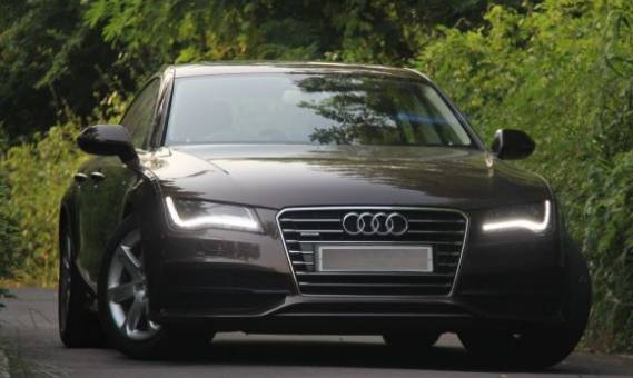 Andrew Garfield drives Audi A7
