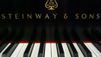 Piano Maker Steinway Sells for $512 Million