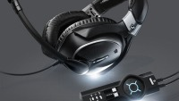 Aviation headphones by BMW Group DesignworksUSA
