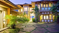 Island living: Time to own your own oceanfront estate in Maui, Hawaii