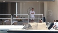 Roman Abramovich with friends on his yacht