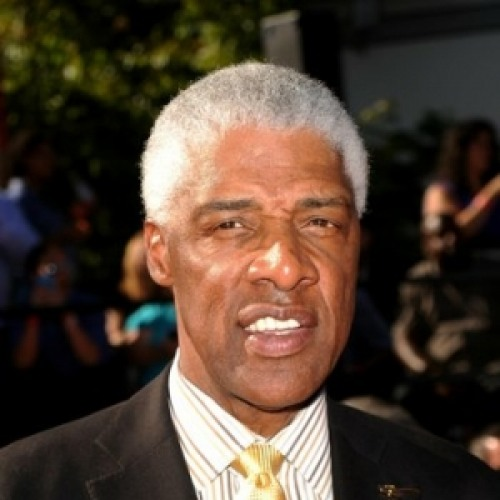 a biography of julius erving a basketball player Quotations by julius erving, american athlete, born february 22, 1950  in  1981, at age 31, i was voted the best player in basketball, and the most valuable .