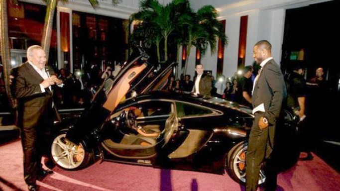 photo of Dwyane Wade 2012 McLaren MP4-12C - car