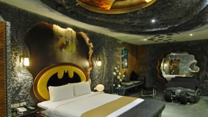 Taiwan hotel features batman room complete with life-size Batmobile