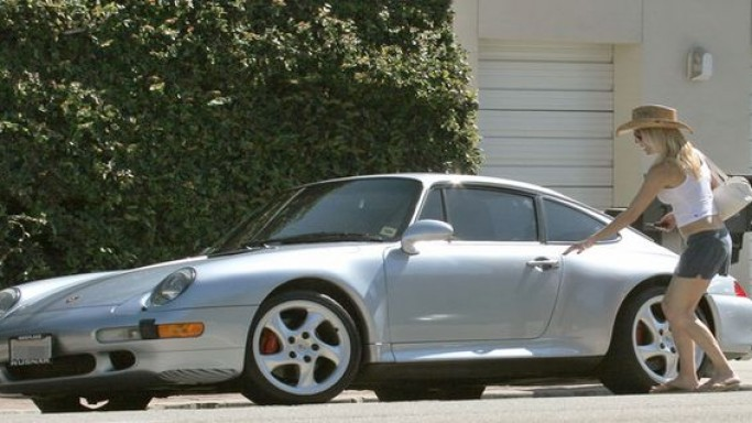 Heather Locklear drives Porsche 911 car