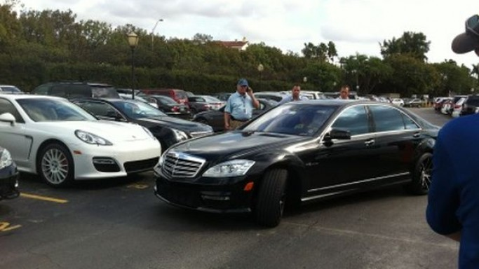Tiger Woods drives Mercedes-Benz S65