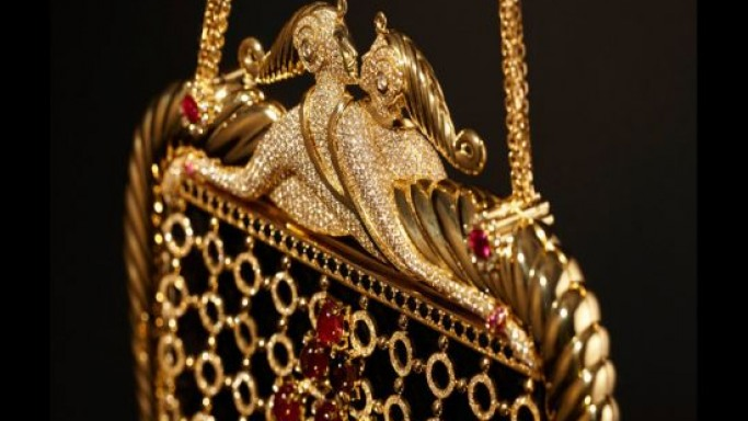 """Stefano Canturi's $780,000 diamond bag inspired by ErtÉ, The """"Father of Art Deco"""""""