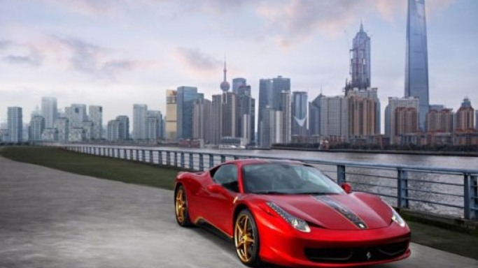 Ferrari 458 Italia Chinese edition gets Gold Dragon Treatment
