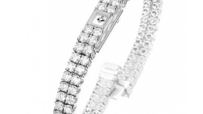 Jaeger-LeCoultre gifts iconic 101 jewellery watch to Queen Elizabeth II