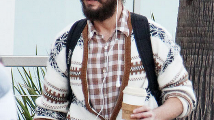 Shia Labeouf is often spotted sporting the Apple iPod Earphones frequently