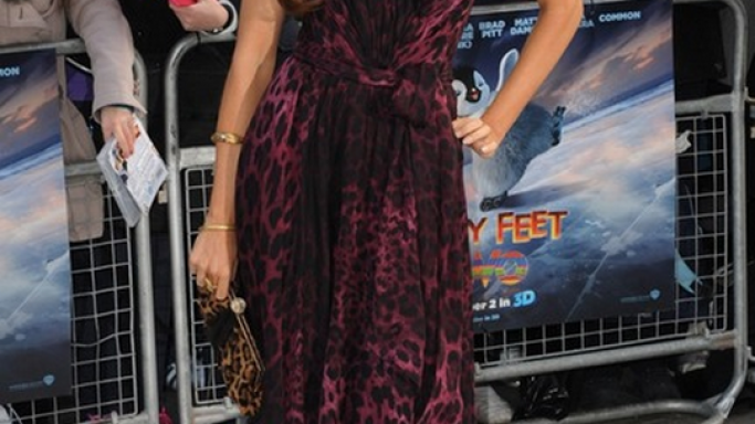 "She has flaunted this designer clutch to the world premiere of the movie ""Happy Feet""."