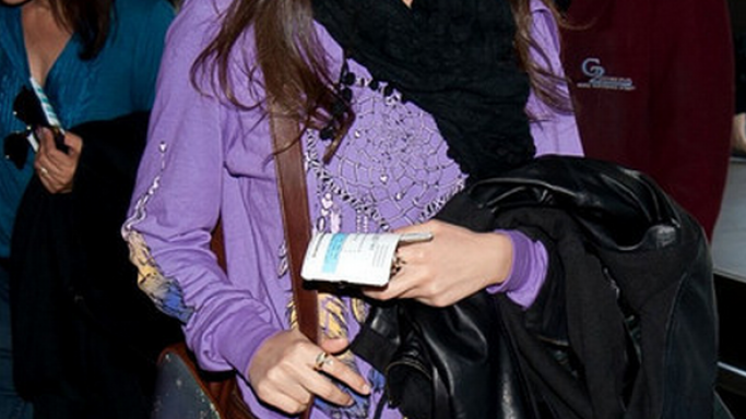 Victoria Justice in Lauren Moshi Duffy Color Heart Dreamcatcher Hooded Pullover.