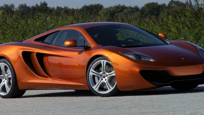 mclaren mp4 12c bornrich price features luxury. Black Bedroom Furniture Sets. Home Design Ideas