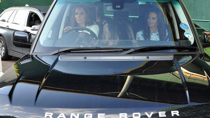 Kate Middleton drives Range Rover