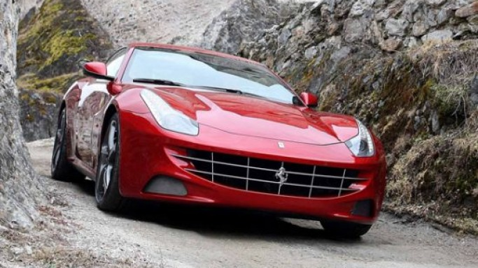 2013 Ferrari FF with Siri, iPad integration for a better speed and tech filled ride