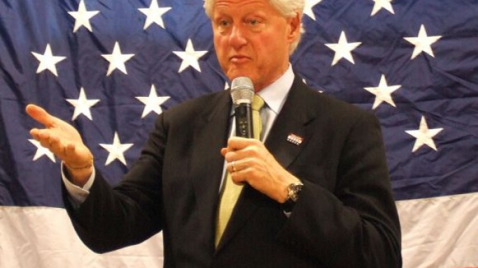 Bill Clinton wears Panerai Luminor watch