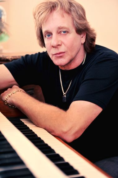 eddie money biography net worth quotes wiki assets. Black Bedroom Furniture Sets. Home Design Ideas
