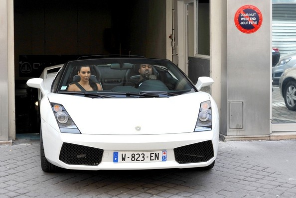 Lamborghini Gallardo car - Color: White  // Description: acclaimed